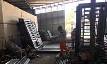 Làm cửa sắt nhà trọ giá rẻ TPHCM