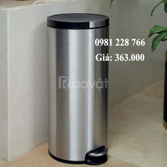 Vị trí đặt thùng rác đạp chân 20L inox