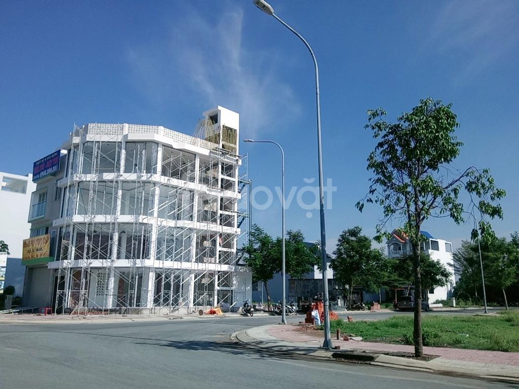 Bán nhà gần chợ Bình, sổ hồng riêng,  2 tỷ