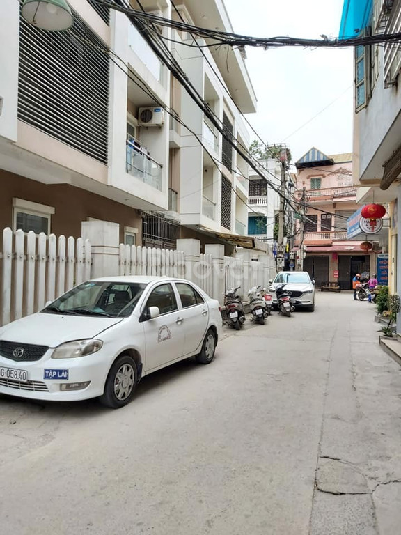 Bán gấp nhà Vạn Phúc Hà Đông, vị trí đẹp, ôtô đỗ cửa, kinh doanh tốt