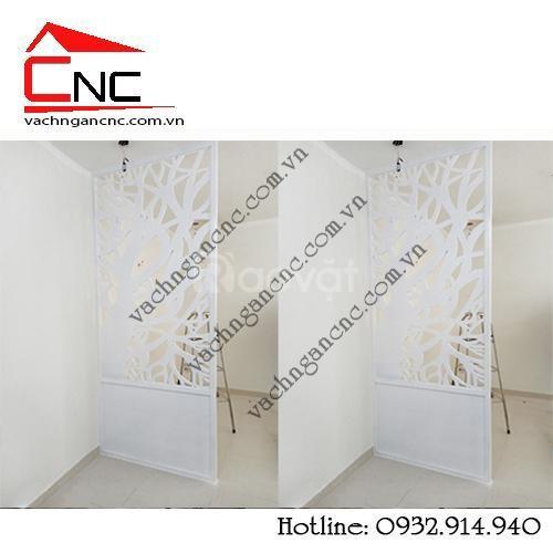 Decor trang trí phòng khách bằng vách ngăn hoa văn gỗ