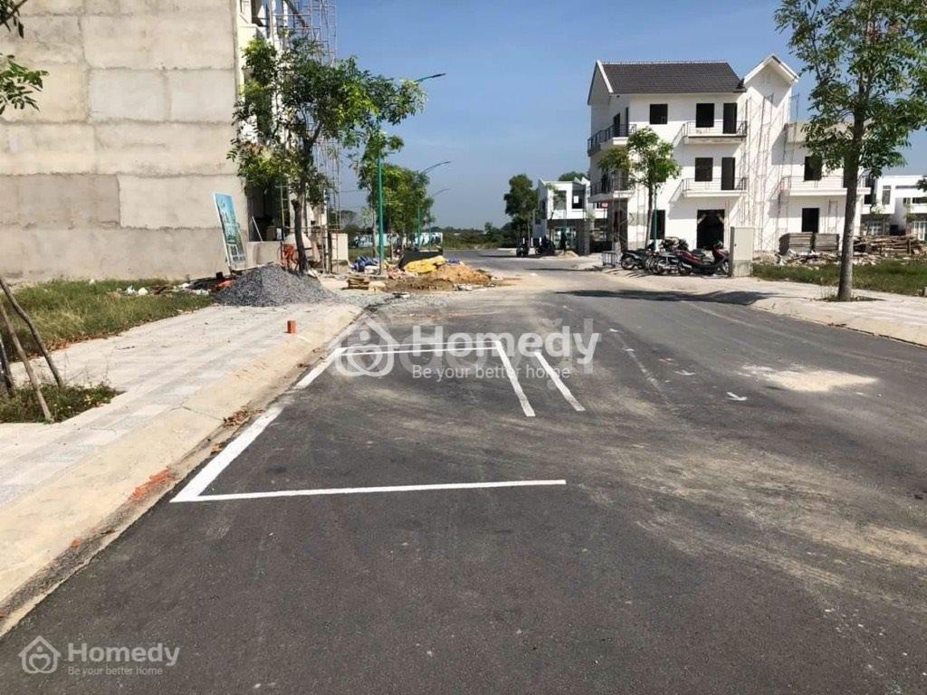 Bán đất ngay đường số 7 trong khu dân cư hiện hữu đất 2 mặt tiền