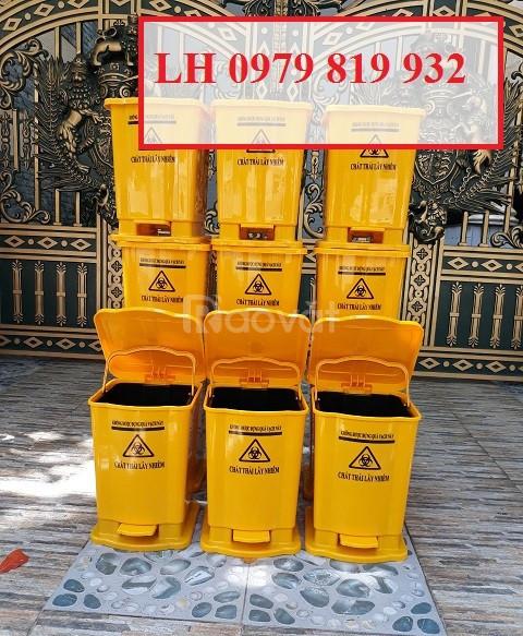 Bán thùng rác y tế, thùng đựng chất thải có in logo y tế 15l 20l