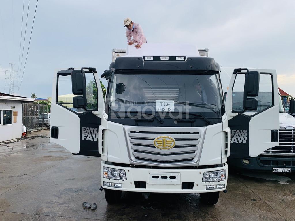 Xe tải Faw 7T2 thùng kín siêu dài Euro 5 giá tốt giao xe ngay