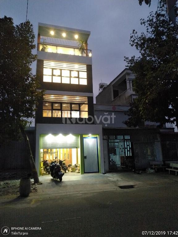 Bán nhà phường Phú Tân, Thủ Dầu Một, 1 trệt 3 lầu