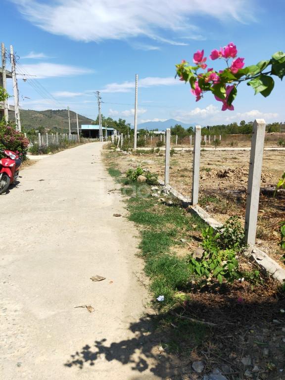 Chính chủ bán đất đẹp, giá tốt tại Diên Thọ, Diên Khánh