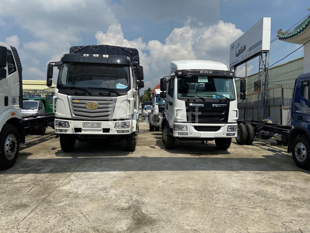 Giá xe tải faw 9 tấn - thùng bạt 8 mét chở hàng cồng kềnh