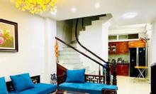 Nhà Xuân La 50 m2 x 5 T lô góc, giá 3.8 tỷ