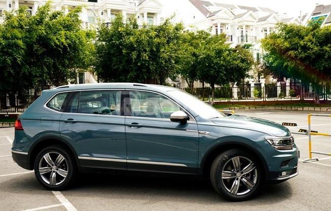 Volkswagen Tiguan Allspace khuyến mãi 210 triệu + gói làm đẹp xe