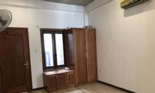 Cho thuê nhà 3 tầng thiết kế đẹp đường 2/9, quận Hải Châu, giá tốt