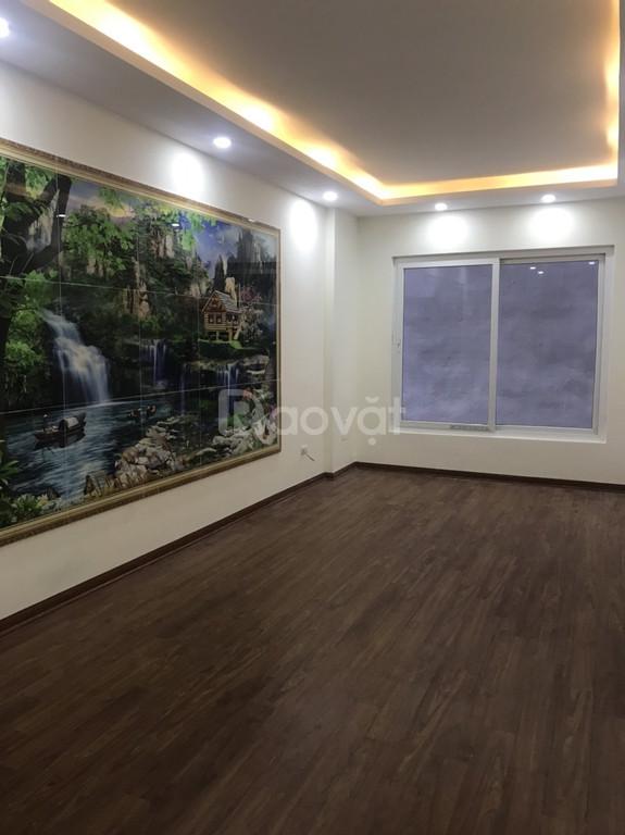 Bán nhà ngõ 99 Định Công Hạ, 34m2, 4,5 tầng giá 2 tỷ 550tr