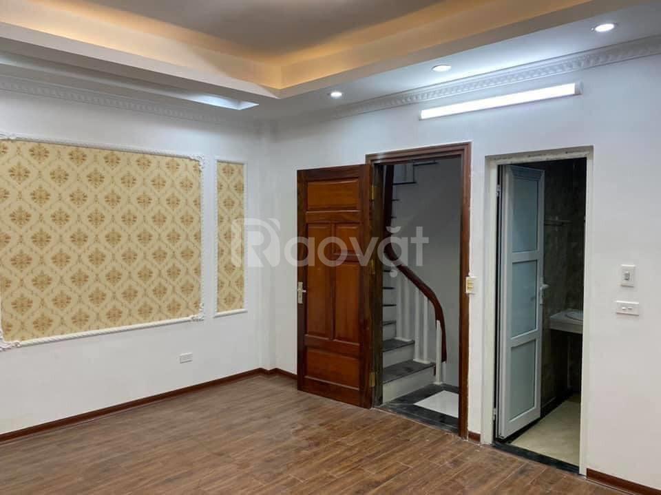Nhà phố Khương Hạ, mới đẹp vuông vắn xinh xắn, giá nhỉnh 3 tỷ