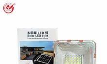 Đèn pha cầm tay năng lượng mặt trời