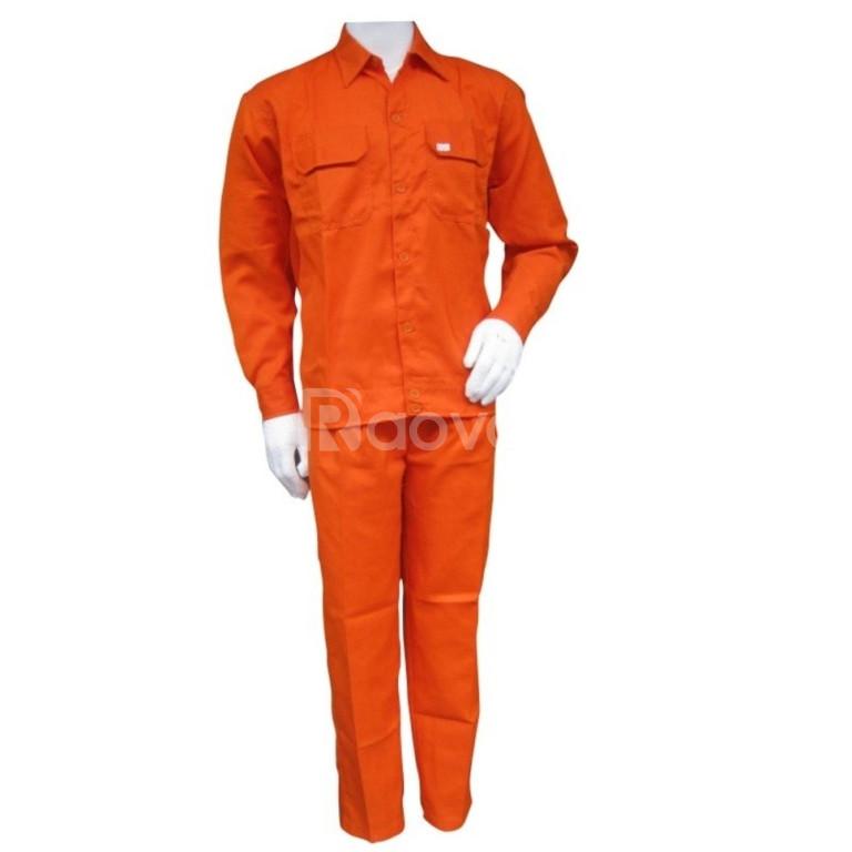 Xưởng may đồng phục chuyên nghiệp tại Bình Tân 0913.323.179