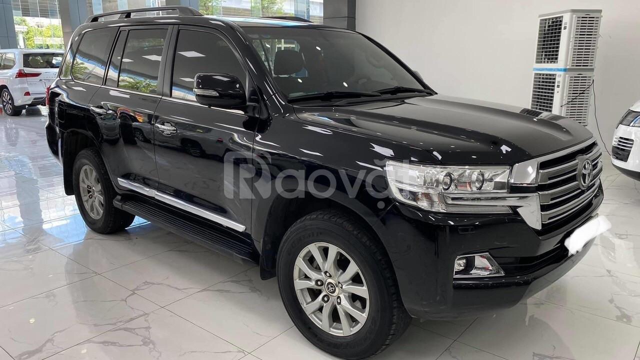 Bán Toyota Land Cruiser VX 2016 màu đen