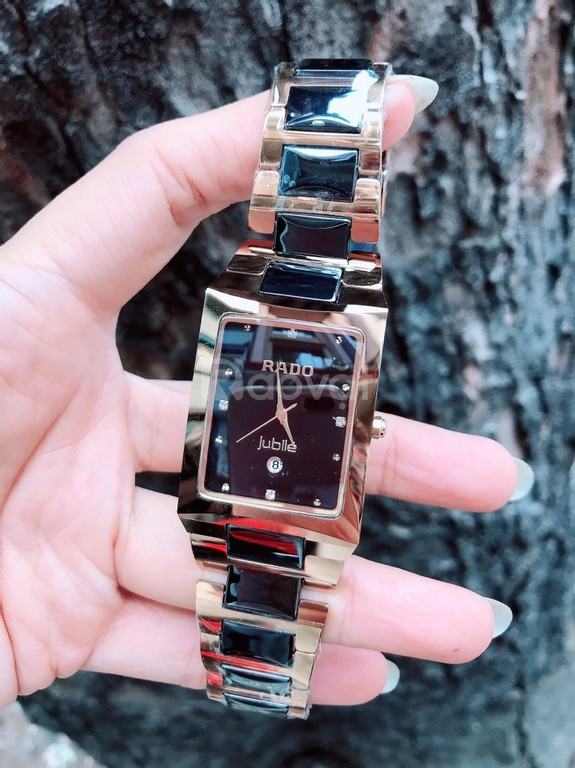 Đồng hồ đeo tay tạo cho dân văn phòng