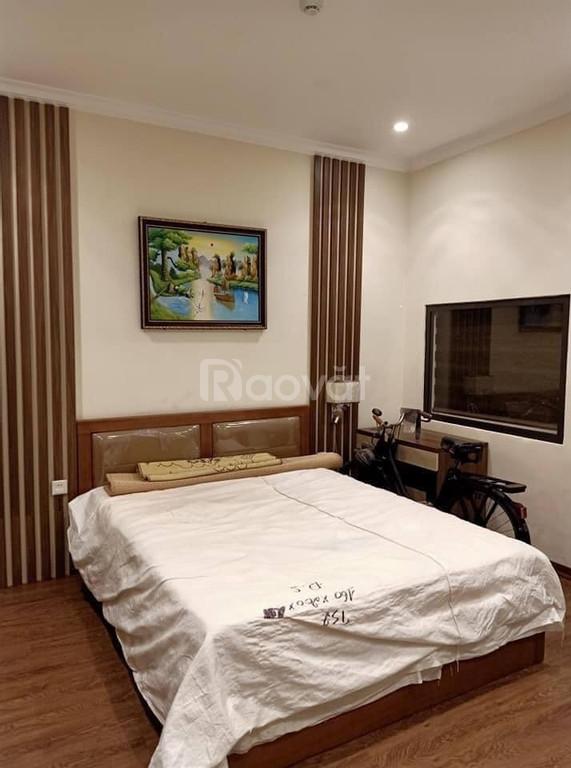Vương Thừa Vũ  , Q Thanh Xuân kinh doanh khách sạn   DT 50m giá 8 tỷ5