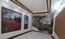 Bán nhà Ngõ Quỳnh  Hai Bà Trưng, DT 35m2 5 tầng, mặt tiền 4m, 3 tỷ
