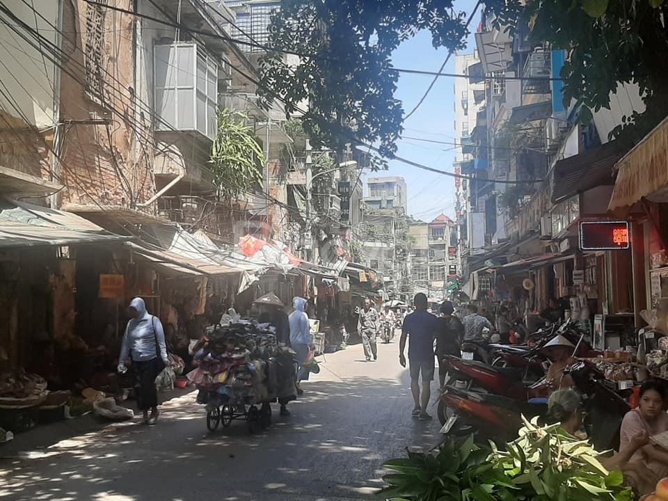 Nhà mặt phố Nguyễn Khuyến, vị trí VIP, KD đa dạng, 75m2 giá 19 tỷ