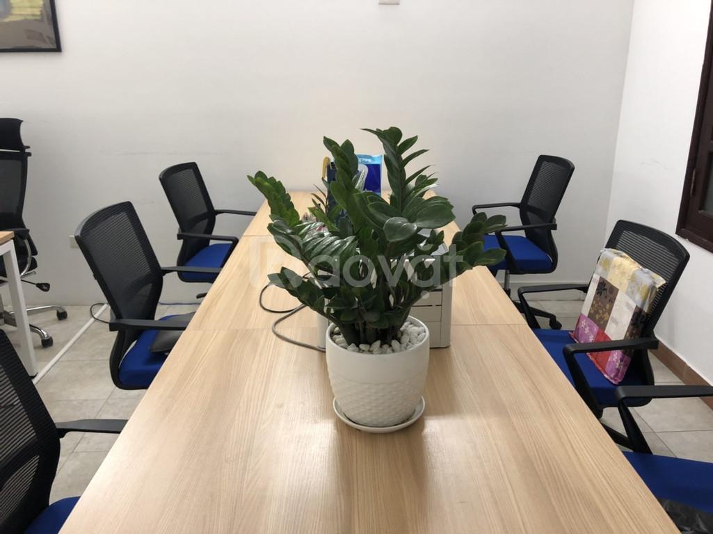 Cho thuê văn phòng full nội thất, chỉ việc vác máy tính