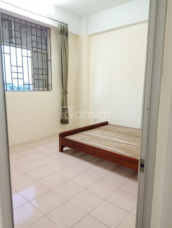Cho thuê nhà riêng Nguyễn Phúc Lai, Đống Đa, 40m2x4T, 5PN, 4WC