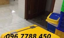 Bán thùng chở giao hàng nhanh sau xe máy Lhe 0967788450 Ngọc