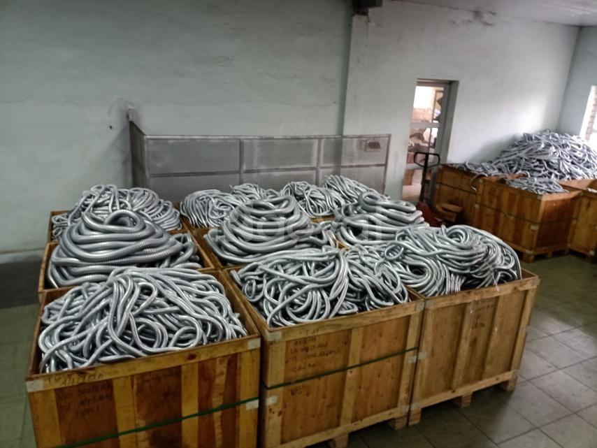 Ống ruột gà lõi thép/ ống thép luồn dây điện/ ống ruột gà bọc lưới (ảnh 1)
