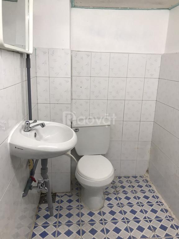 Cho thuê căn hộ quận 1, 32m² sạch đẹp gần phố Bùi Viện, chợ Bến Thành (ảnh 4)
