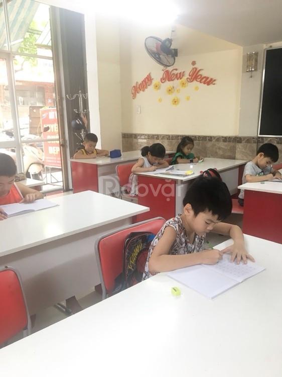 Trung tâm Luyện chữ đẹp Bút Việt chiêu sinh