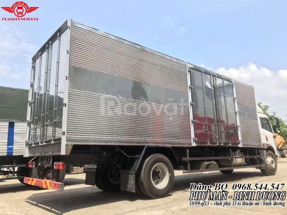 Giá xe tải faw 8 tấn thùng 8m