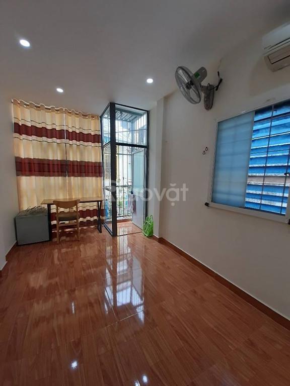 Bán nhà Phan Đình Phùng, Phú Nhuận, 33m2, 2 lầu, 3 phòng ngủ, 4.1 tỷ