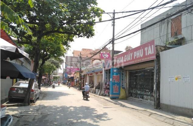 Bán đất ngõ Phạm Văn Đồng, diện tích 40m2 ôtô vào nhà giá 2.9 tỷ