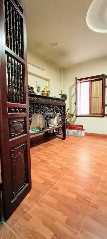 Bán nhà đường Nguyễn Hoàn kinh doanh 5 tỷ