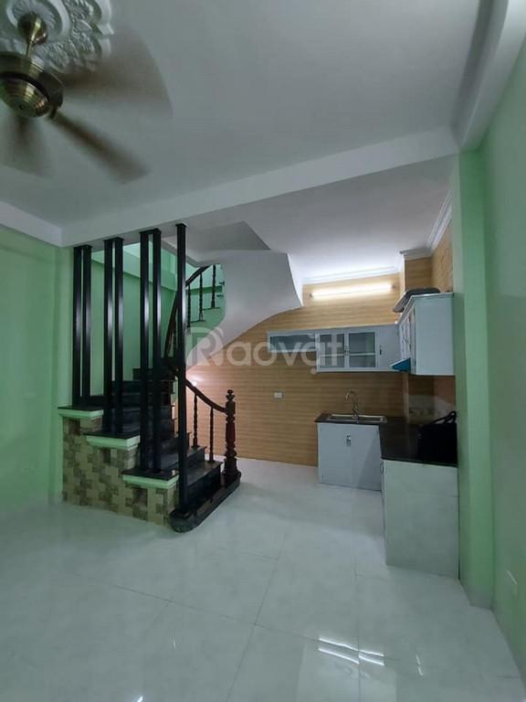 Cần bán nhà Đông Thiên - Hoàng Mai 37m2 x 4 tầng, 2.55 tỷ