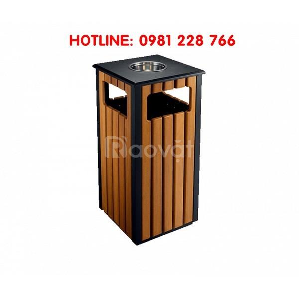 Địa chỉ kinh doanh thùng rác gỗ ngoài trời A78-D