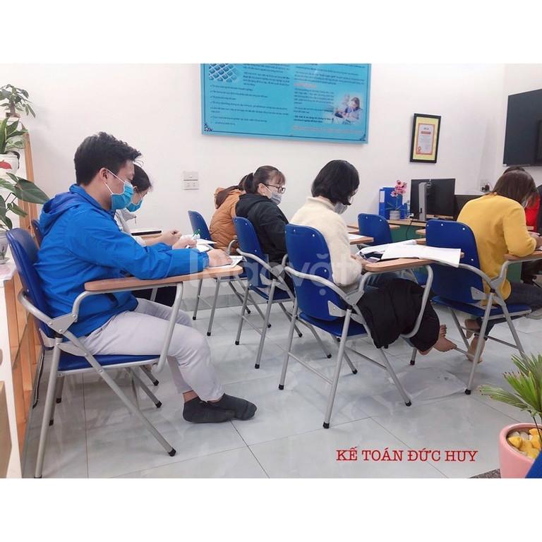 Học kế toán cấp tốc- học kế toán cho người mới đi làm