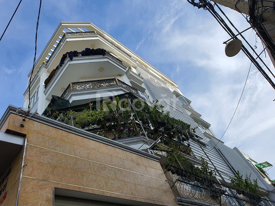 Bán gấp nhà Hồng Lạc Phường 10 Tân Bình 90 m2 chỉ 7.5 tỷ