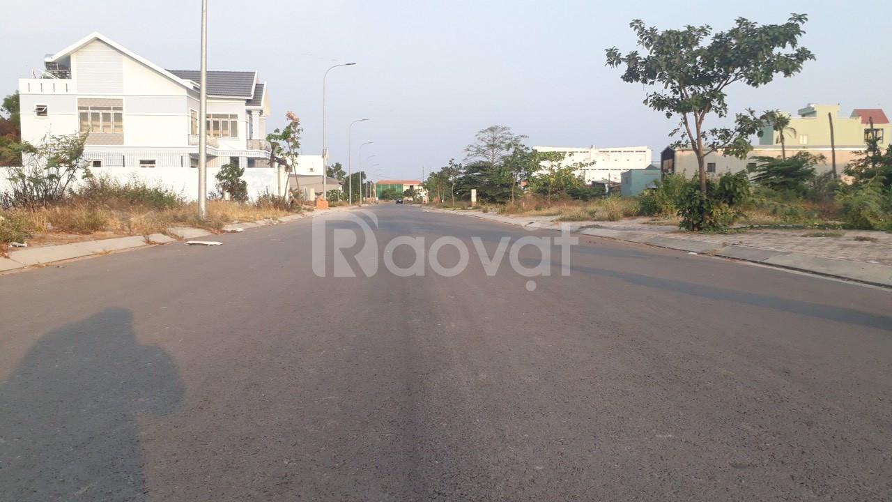 Bán nền đất thổ cư mặt tiền đường Trần Văn Giàu khu dân cư hiện hữu