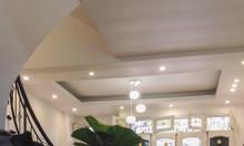 Cho thuê nhà nguyên căn phố Phú Thượng, Tây Hồ, 5PN, Nội thất đẹp