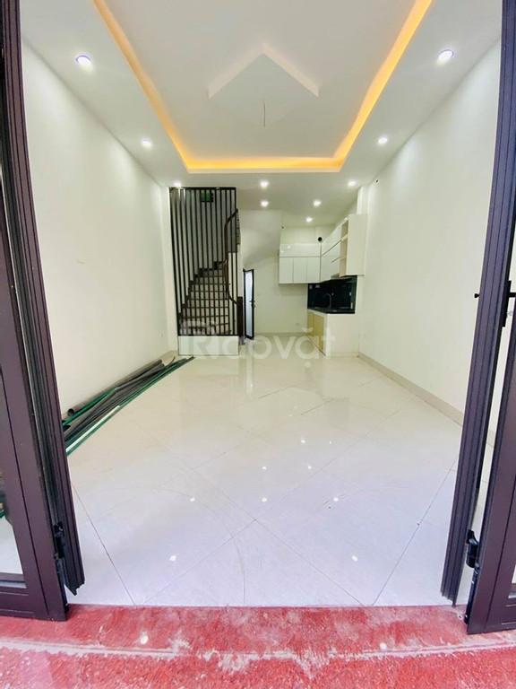 Bán nhà phố Thái Thịnh 34m 6 tầng giá 3.5tỷ ngõ rộng 4m (ảnh 1)