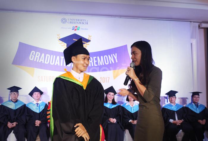 Nhận may lễ phục tốt nghiệp cao cấp cho các trường đại học