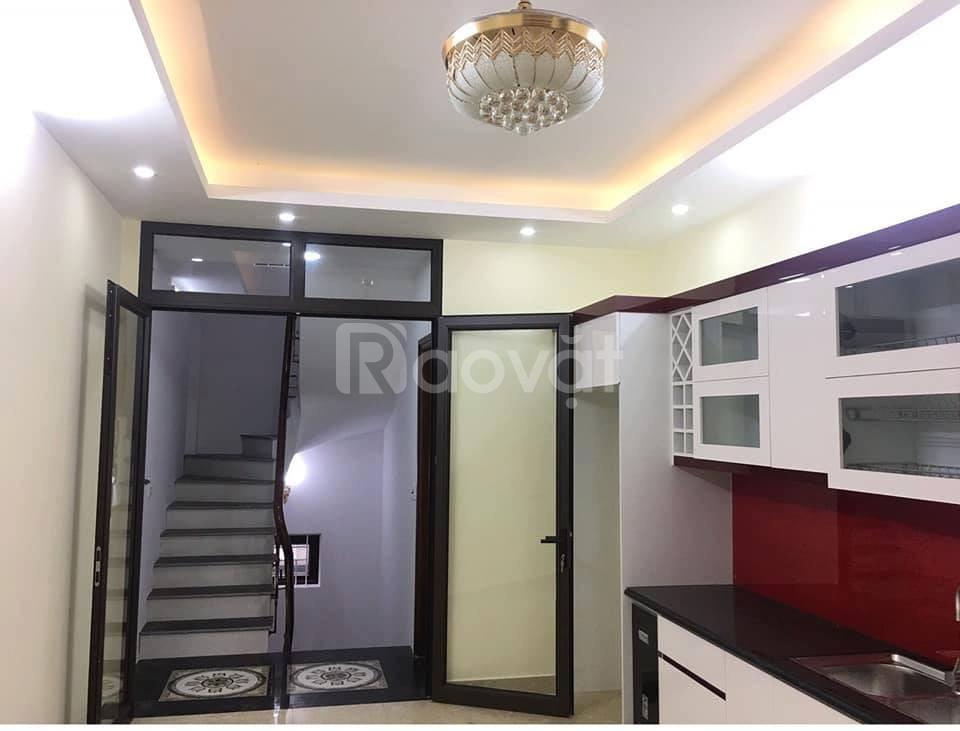 Bán nhà ngõ 93 Hoàng Văn Thái 6.8tỷ, 43m2 x 5T, ngõ ô tô, nhà mới, đẹp