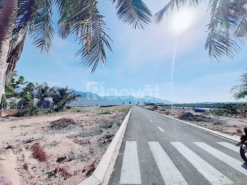 Đất trung tâm Cam Lâm, view trực diện đầm thủy triều chỉ 789tr