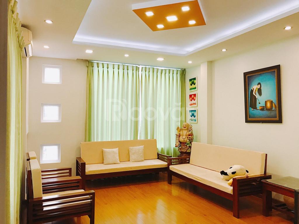 Cho thuê cả nhà làm văn phòng ngõ 291 LLQ Tây Hồ 80m x 5 tầng giá 40tr