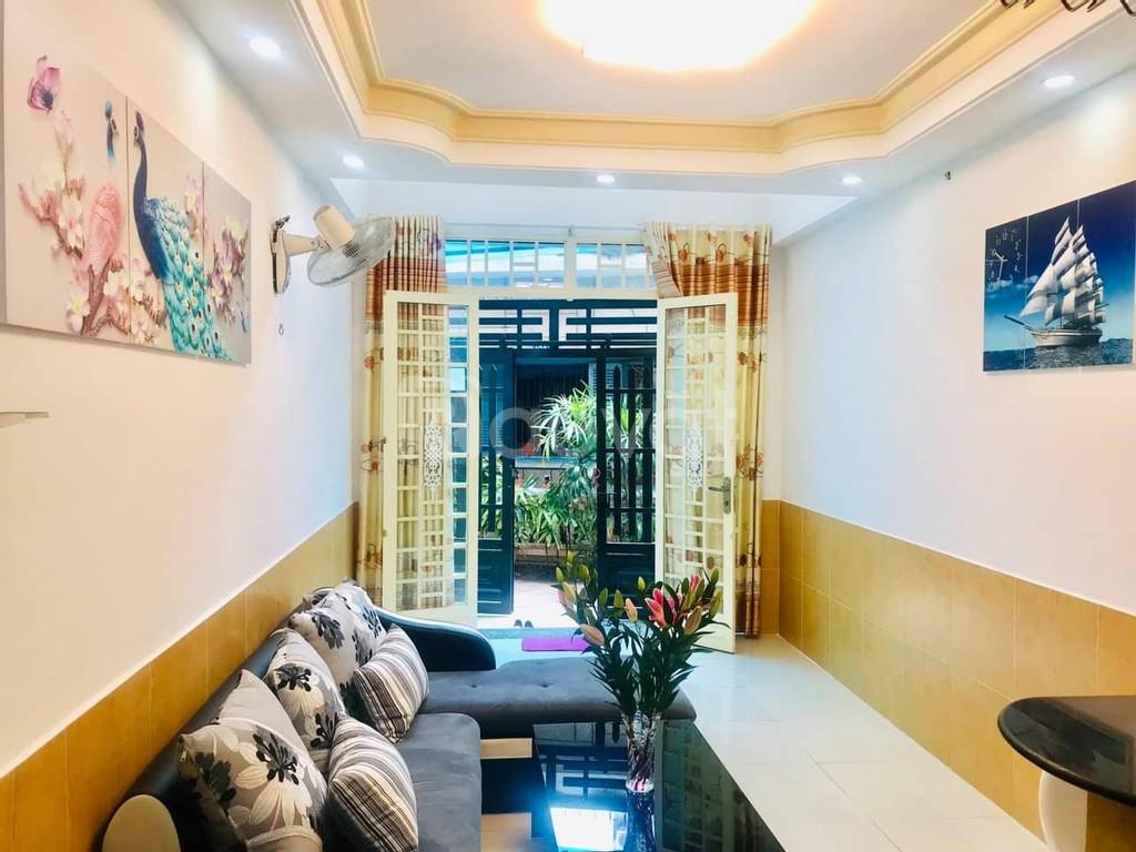 Bán gấp nhà gần HXH, Phan Xích Long Phú Nhuận, 53m2, 5 tầng, 5.6 tỷ