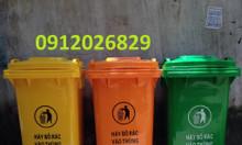 Thùng rác bằng nhựa