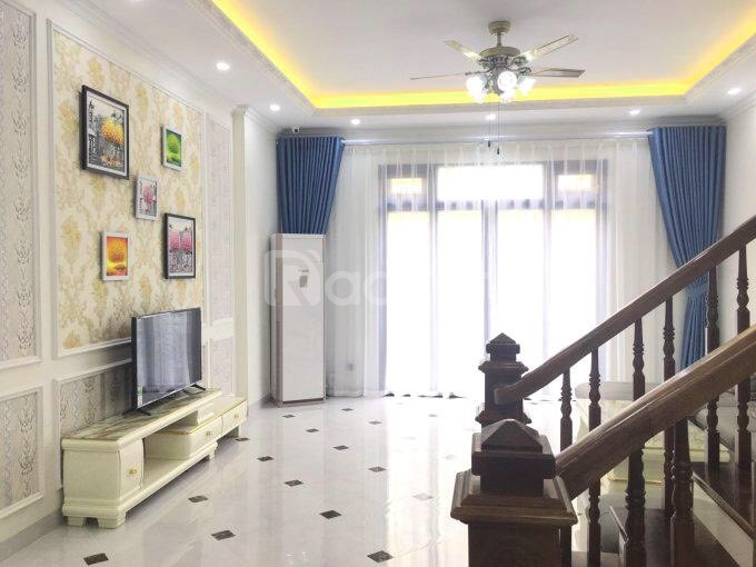 Nhà liền kề Ngô Thì Nhậm, thiết kế tân cổ điển, tặng nội thất