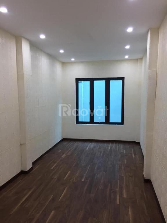 Nhà mới Yên Hòa,30m2/5 tầng, ba gác đỗ trước nhà, giá 2.75 tỷ