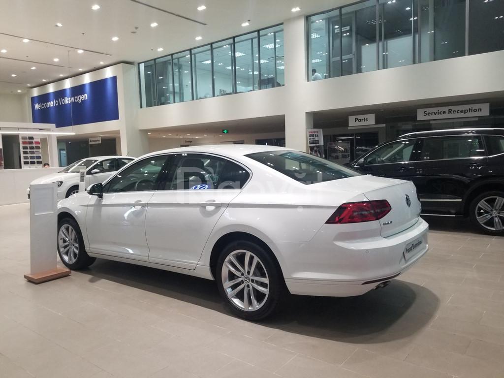 Volkswagen Passat 2020 giá tốt nhất miền Nam