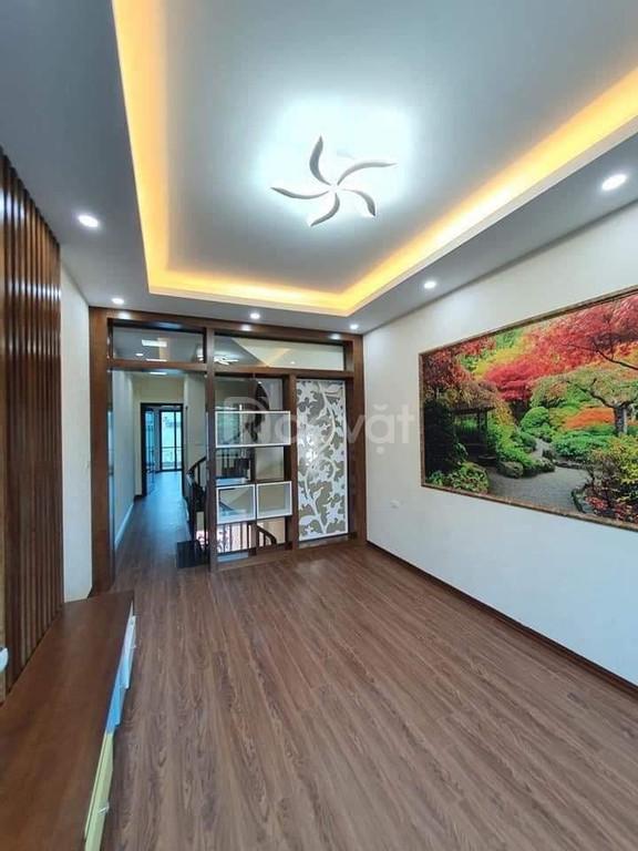 Bán nhà Huỳnh Thúc Kháng, 40m2, 4 tầng đẹp, MT 4m